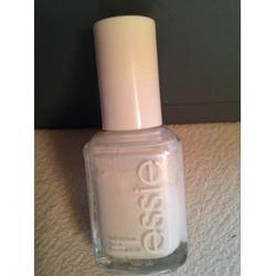 Essie Polish in Blanc