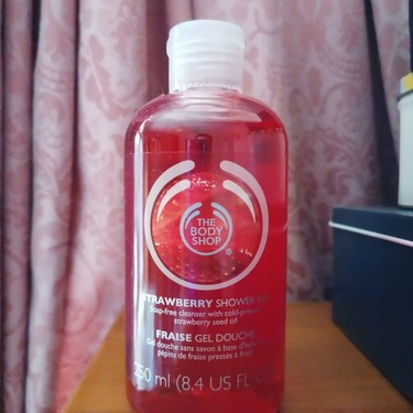 The Body Shop Strawberry Shower Gel