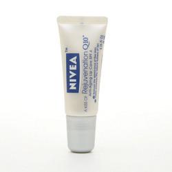 NIVEA A Kiss of Rejuvenation Q10 Anti-Aging SPF 4 Lip Care