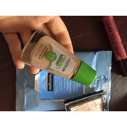CoverGirl Clean Sensitive Skin Liquid Makeup