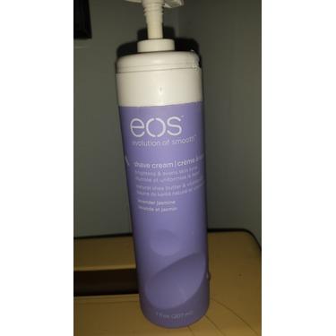eos Shave Cream in Lavender Jasmine