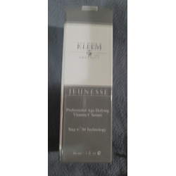 Kleem Organic Vitamin C Serum for Face with Hyaluronic Acid