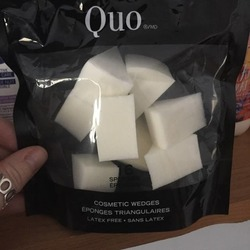 Quo cosmetic wedges