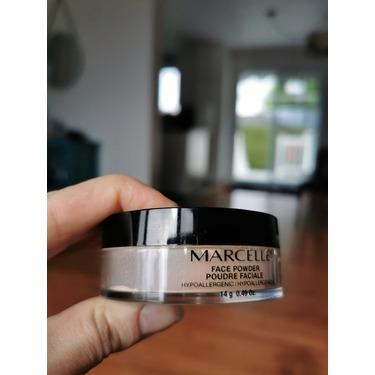 Marcelle Face Powder