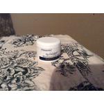 POLYSPORIN® Visible Lip Health Overnight Renewal Therapy