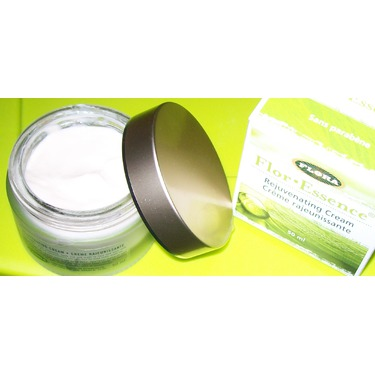 Flora Flor*Essence Rejuvenating Cream