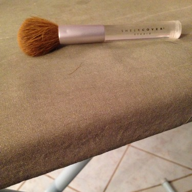 Sheer Cover studio powder brush