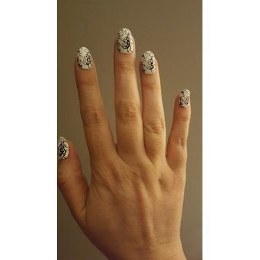 Sally Hansen imPRESS Press on Manicure