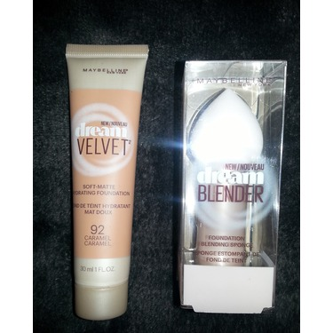 Maybelline New York Dream Velvet Foundation