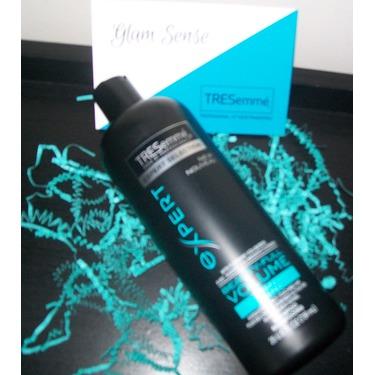 TRESemmé Beauty-Full Volume Shampoo