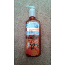Bath and body works Sweet Cinnamon Pumpkin deep cleansing hand soap