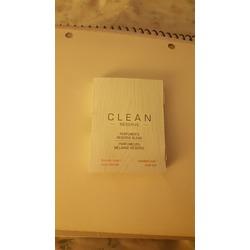 Clean  Blonde rose/ Sueded oud