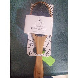 Beauty By Earth Detangling Bamboo Hair Brush