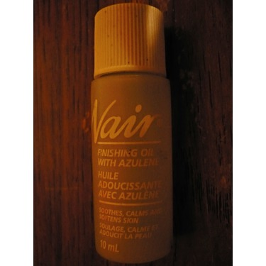 Nair Finishing Oil With Azulene