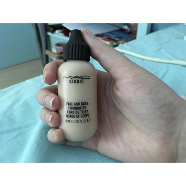 MAC Cosmetics Face and Body Foundation