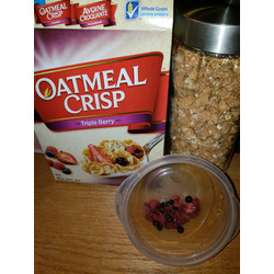 General Mills Oatmeal Crisp Triple Berry