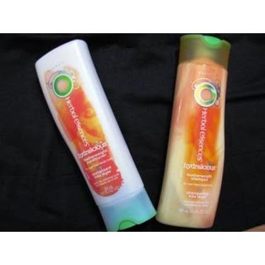 Herbal Essences Hydralicious Featherweight Shampoo