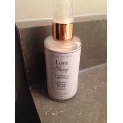 Love in Luxury Powdery Bust Lotion