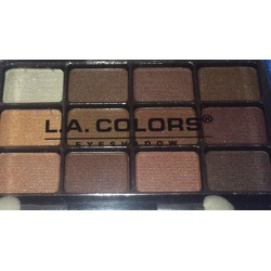 L.A. Colors 12 Colour Eyeshadow Palette in BEP421 Traditional