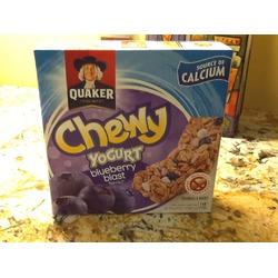 Quaker chewy yogurt blueberry blast bars