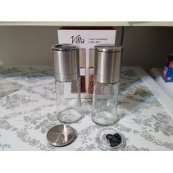 Villa Salt and Pepper Grinder Set