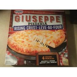 Giuseppe 4 cheese pizza