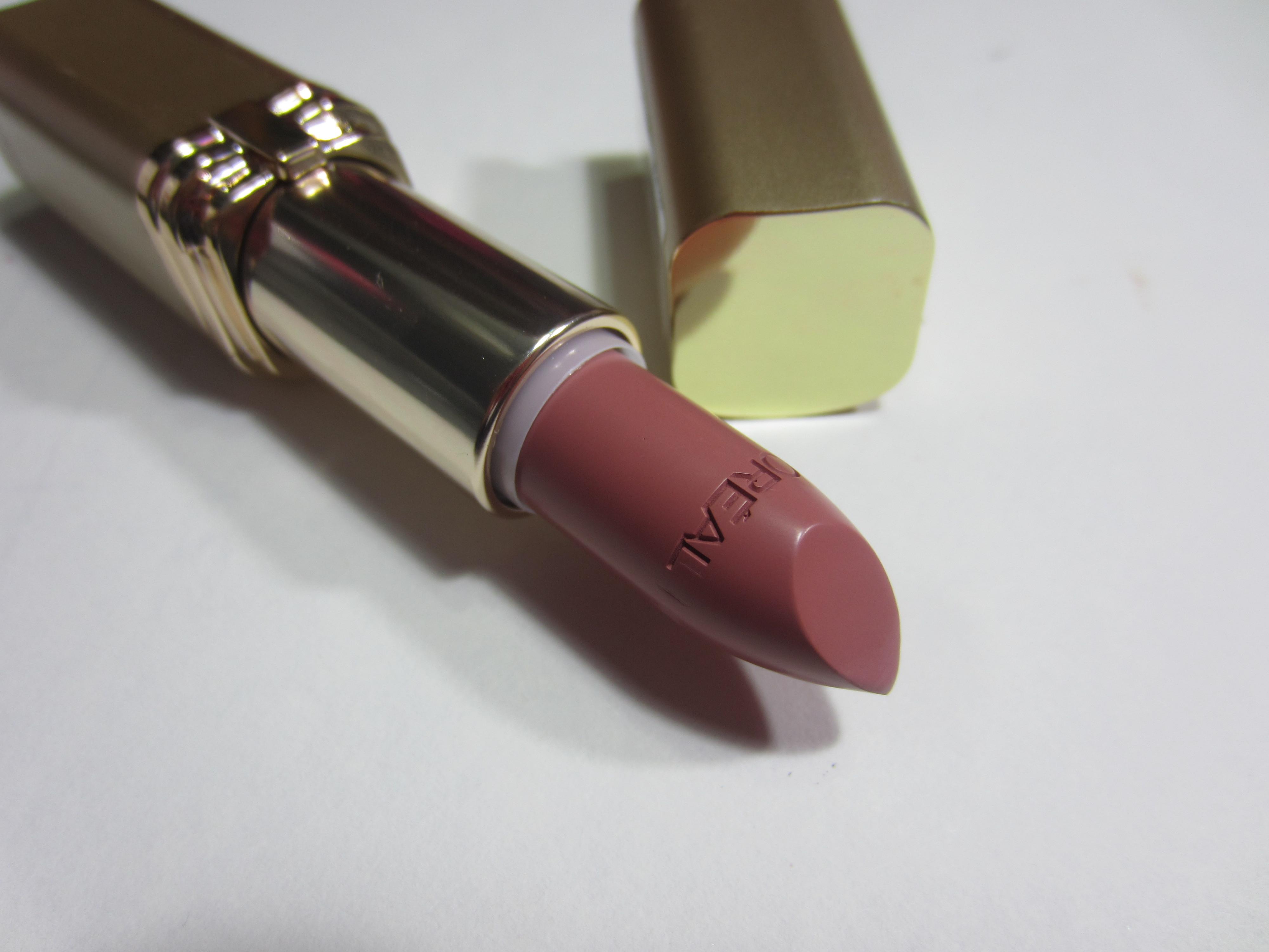 LOreal Colour Riche Lipcolour, 800 Fairest Nude