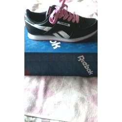 Reebox walking retro sneakers