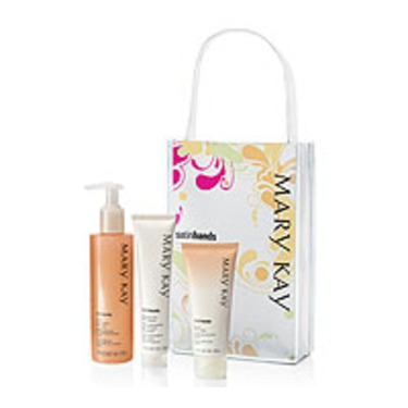 Mary Kay Satin Hands Pampering Set- Peach