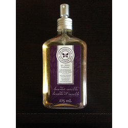 Honest Company Lavender Vanilla air + fabric refresher