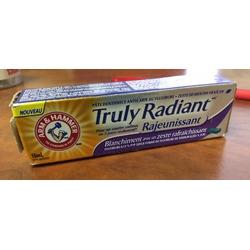 Arm & Hammer™ Truly Radiant™ Rejuvenating Toothpaste