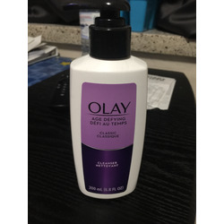 Olay Age Defying Classic Cleanser 200ml