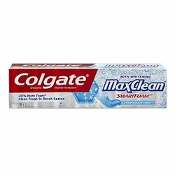 Colgate MaxClean with Whitening SmartFoam
