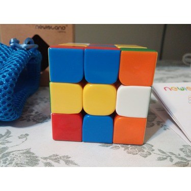 Newisland 3x3 Smoothest Speed Cube Super-Durable Plastic Puzzle Cube