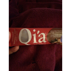 Qi'a Superfood Roasted Peanut Dark Chocolate Snack Bar