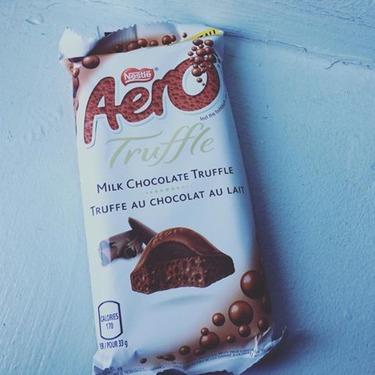 NESTLE AERO Milk Chocolate Truffle Bubble Bar