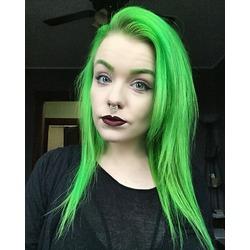 Kat Von D Lipstick in Vampira