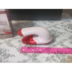 Kitchi Battery Operated Fabric Shaver