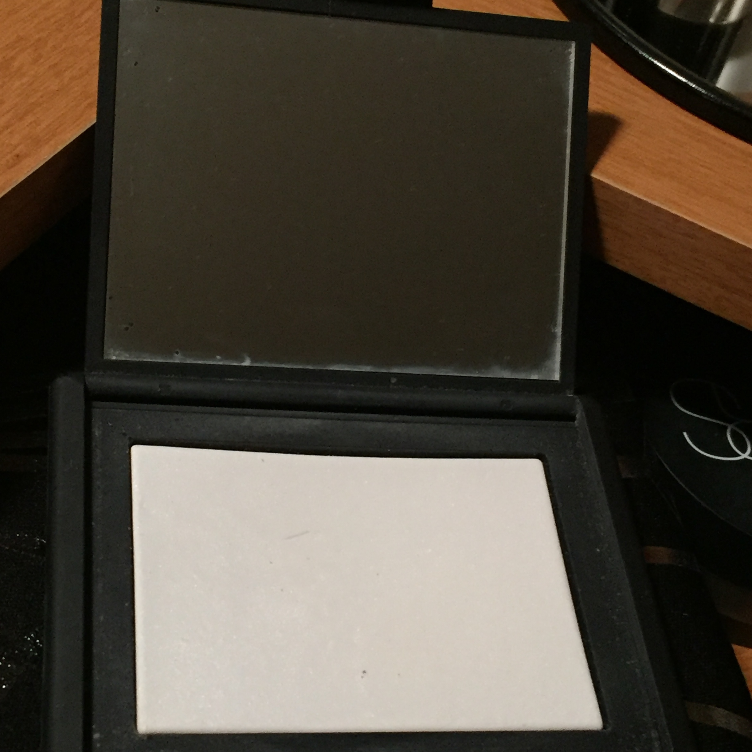 nars light reflecting pressed setting powder reviews in. Black Bedroom Furniture Sets. Home Design Ideas