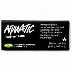 LUSH Aquatic Toothy Tablets