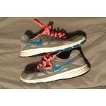 Nike revolution 2 sneakers
