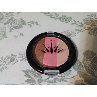 Crown Blush 3 Tone Bronzer