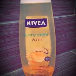 NIVEA Sunny Melon & Oil Hydrating Shower Gel