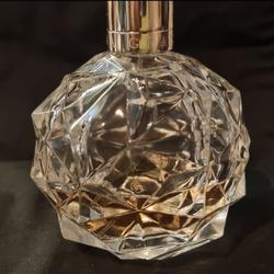 Ari by Ariana Grande eau de parfum spray