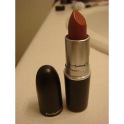 MAC Cosmetics Lipstick in Hug Me
