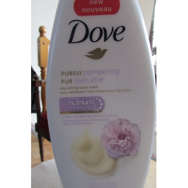Dove® Sweet Cream & Peony Body Wash