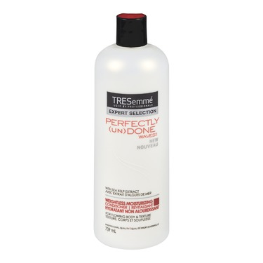 TRESemmé® Perfectly (un)Done Weightless Moisturizing Conditioner