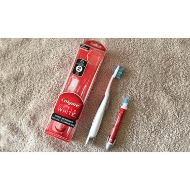 Colgate Optic White™ Built-In Whitening Pen + Toothbrush