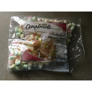 Compliments marshmallow fruity minis