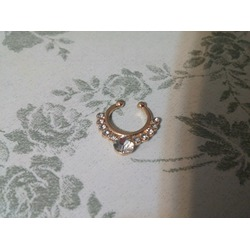 easyPiercing Women's Jewelry White Crystal Rose Gold Clip On Septum Fake Nose Ring